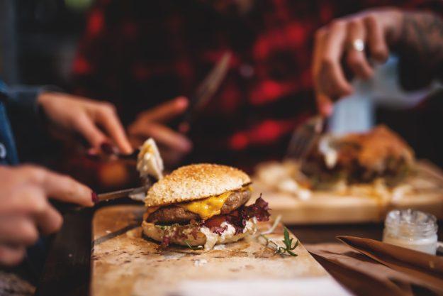 Burger-Kochkurs Frankfurt – Burger essen