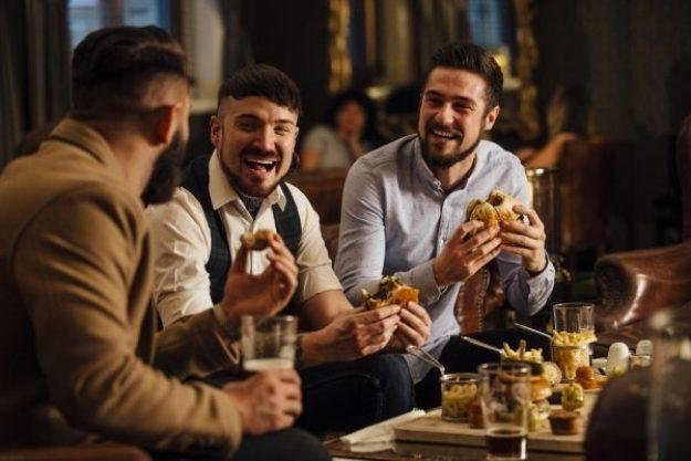 Burger in allen Variationen –Mit Freunden Burger grillen