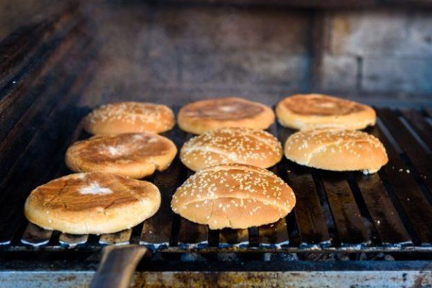 Burgerkurs Düsseldorf –Burgerbrot grillen