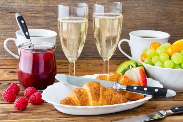 Champagnerfrühstück_Berlin_Croissant
