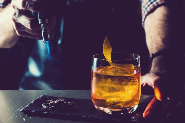 Cocktailkurs Frankfurt - Cocktail und Bunsenbrenner