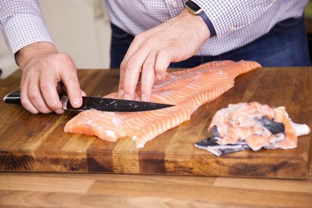 Fisch-Kochkurs Leipzig – Lachs entgräten