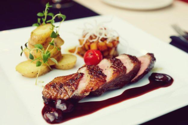 Fleisch-Kochkurs Stuttgart – Zartes Fleisch mit Beilagen und Sauce