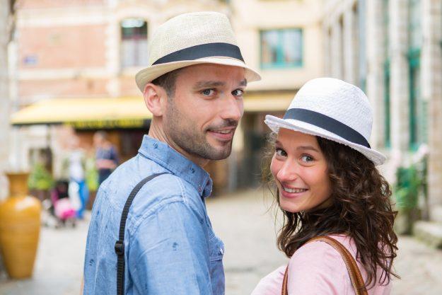 französischer Kochkurs Nürnberg - junges Paar in Frankreich
