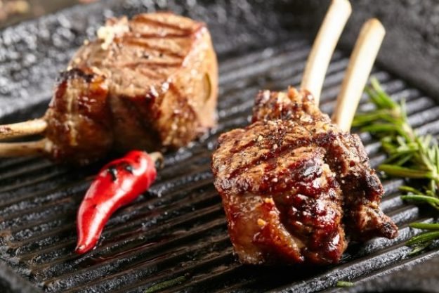 Grillkurs Herten – Gegrilltes scharfes Lammfleisch