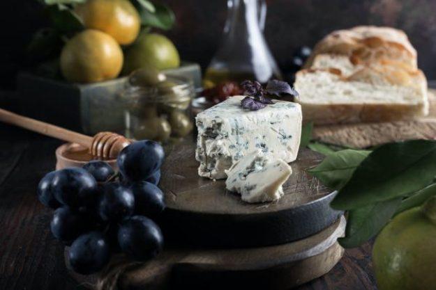 Online Verkostung Käse und Wein