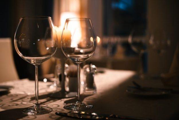 Krimi & Dinner Berlin - Wein und Theater