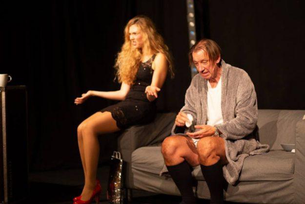Kabarett-München-Männerschnupfen-erleidet