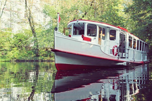 Kulinarische Stadtführung Hamburg – Schifffahrt auf der Binnenalster