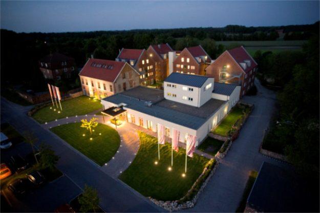 Candle-Light-Dinner Münster – Landhotel Beverland Luftaufnahme