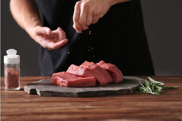 Männer-Kochkurs Stuttgart – Steaks salzen