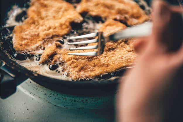 Österreich-Kochkurs München – Schnitzel ausbacken