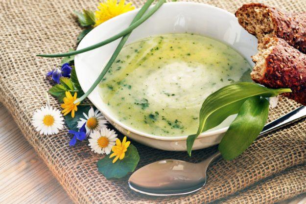 Paar-Kochkurs Stuttgart - Spinatsuppe mit Ei