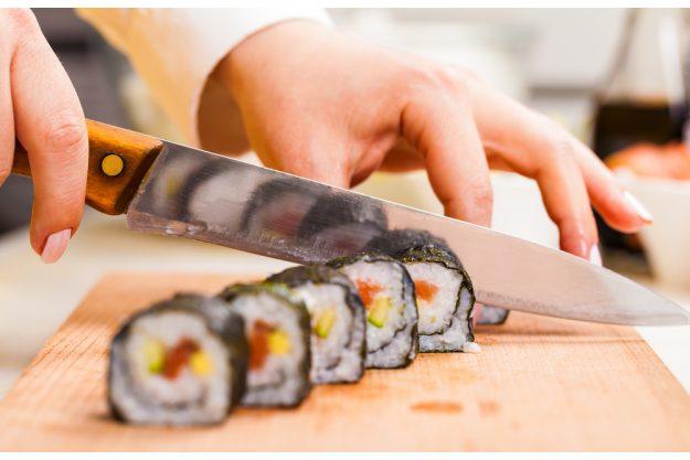 Sushi-Kurs Stuttgart - Sushi schneiden
