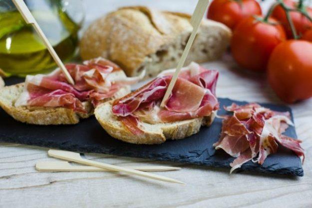 Tapas-Kochkurs Neumünster –Frische Wurst und Käse