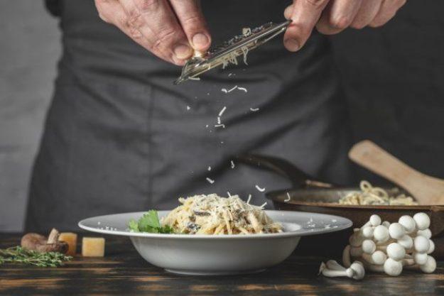 Teambuilding Düsseldorf – Pasta mit Parmesan