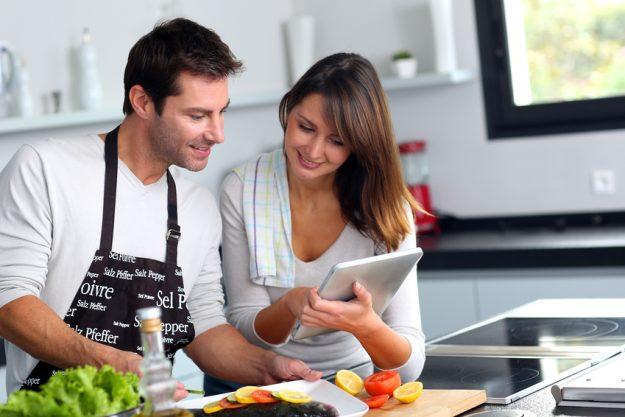 Teambuilding mit Coaching-Kochkurs München - zusammen kochen
