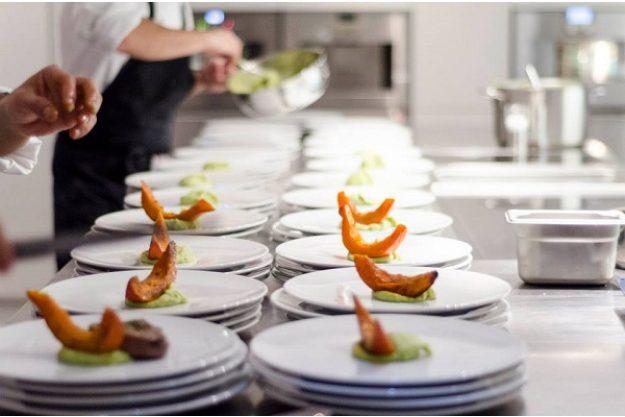 Firmenfeier Stuttgart mit Küchenparty Scampi