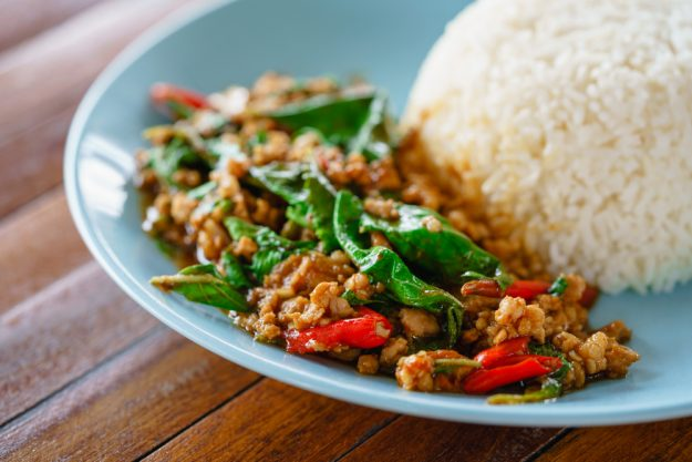 Thai-Kochkurs Köln – Thai Basilikum mit Reis