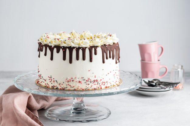 Torten-Kurs Düsseldorf – Drip Cake mit Streuseln