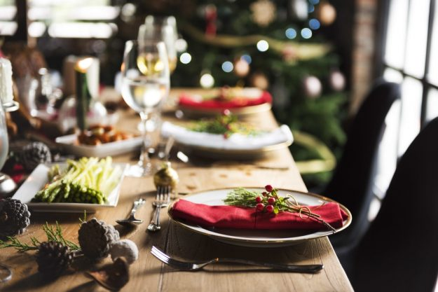 weihnachtskochkurs-bonn-gedeckter-tisch