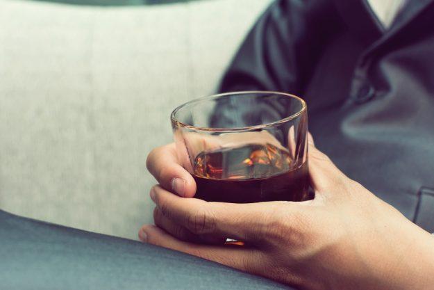 Whisky-Tasting Dortmund – Whisky in der Hand