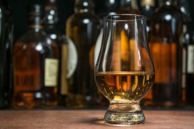 Whisky-Tasting Düsseldorf - Whisky im Glas