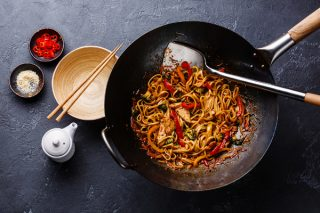 Asia-Kochkurs Hamburg Wok-Küche mit Wow-Effekt