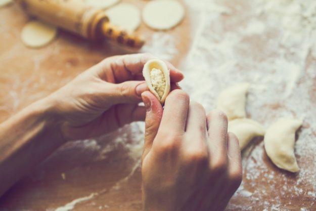 Asia-Kochkurs-Gutschein –Teigtaschen falten