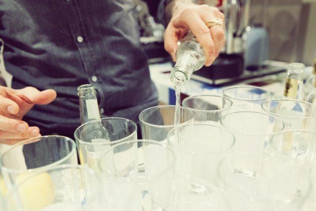 Gin-Seminar Koblenz –Gin-Tonic wird eingeschenkt