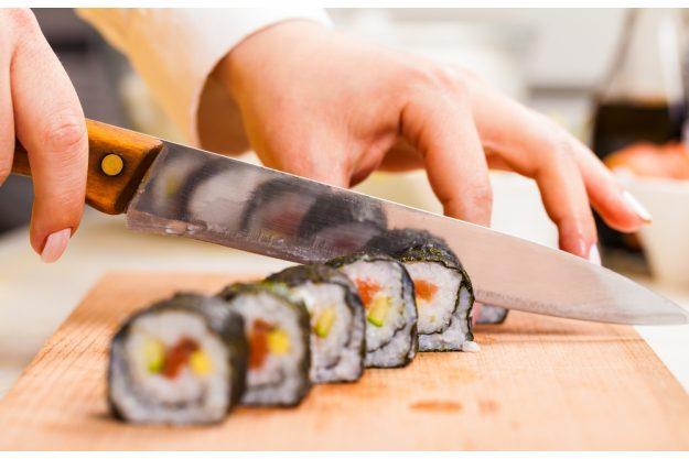 Sushi-Kurs-Fortgeschrittene-Bonn – Maki schneiden