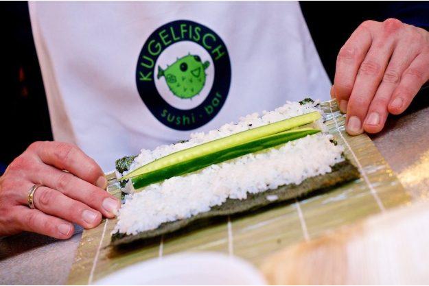 Sushi-Kurs-Bonn – Sushi rollen