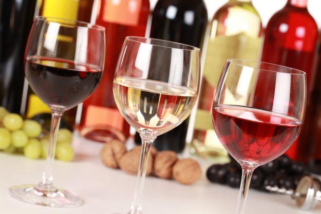 Weihnachtsfeier Bonn - Rotwein Weißwein Rose