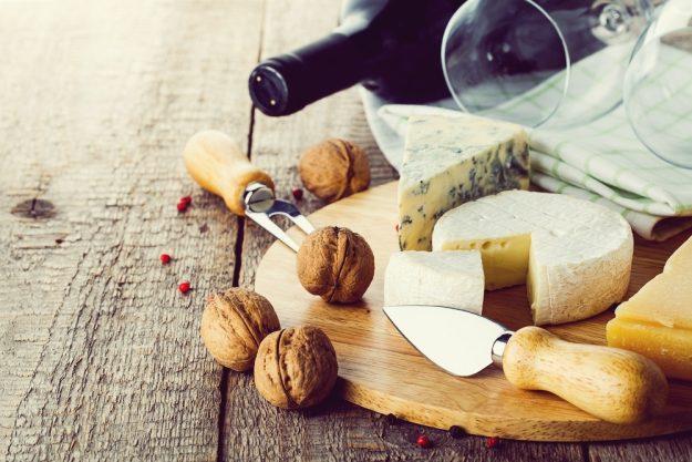 weinprobe bonn – Rotwein und Käse