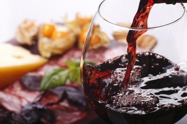 Rotwein verkosten