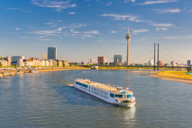 kulinarische Stadtführung Düsseldorf – Schiff Rhein