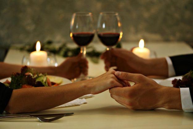 Geschenkgutschein zum Valentinstag – Candle-Light-Dinner
