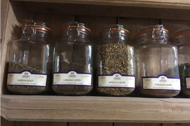 Gin selber machen Düsseldorf – Botanicals