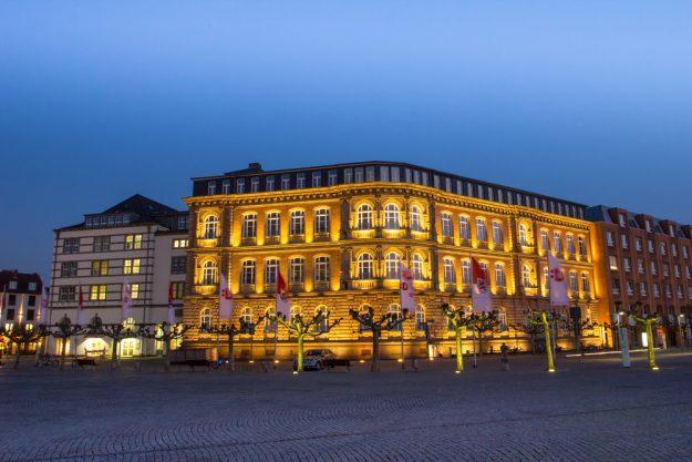 kulinarische Stadtführung Düsseldorf – Düsseldorf bei Nacht