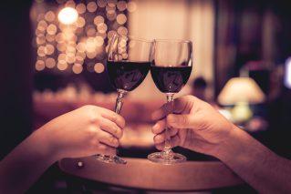 Weihnachtsfeier mit Wein und Fingerfood Weihnachtliche Weinparty