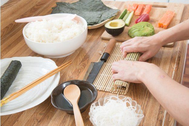 Sushi-Kurs Nürnberg – Sushi mit der Bambusmatte rollen