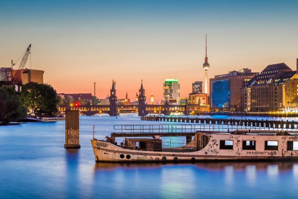Gin-Schifffahrt durch Berlin - Berlin