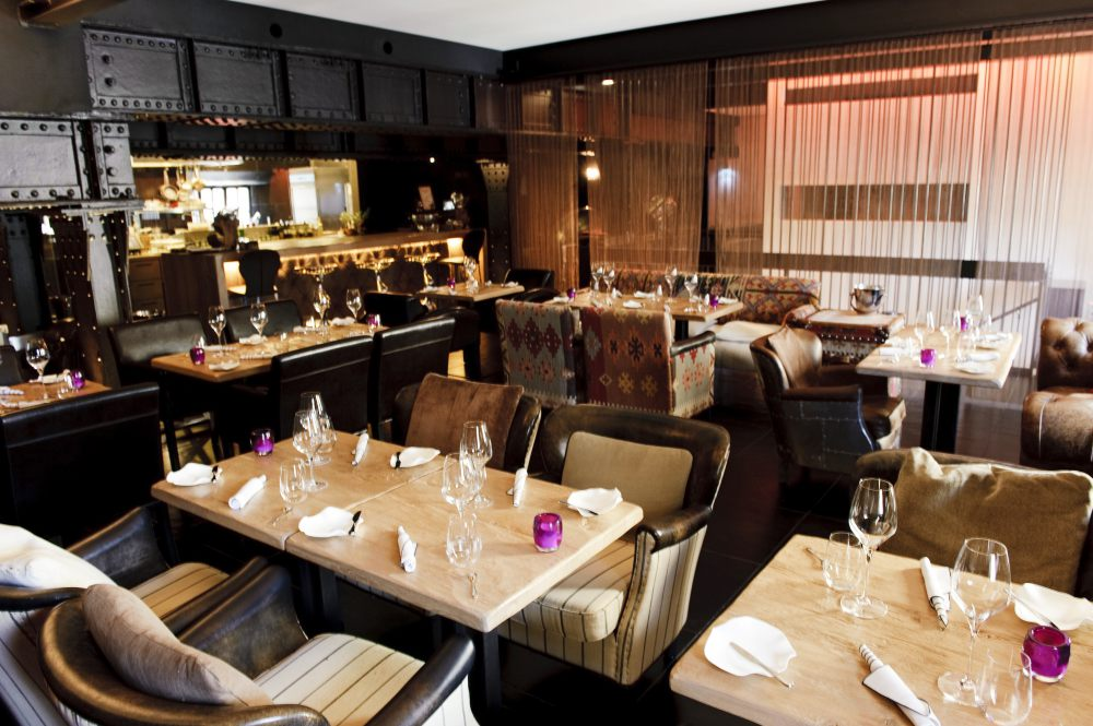 "Bar Restaurant Lounge ""5"""