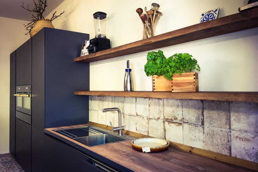 kochkurs in dresden zaubern sie das perfekte dinner f r g ste. Black Bedroom Furniture Sets. Home Design Ideas
