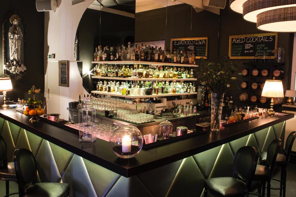Die Fou Fou Bar